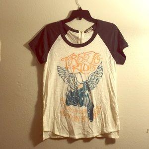 Lucky Brand Graphic TeeShirt
